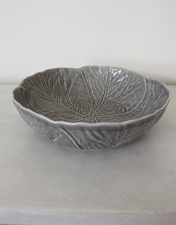 GREY CABBAGE MEDIUM SERVING BOWL 22.5CM & Cabbage Dinnerware Archives - Wisps of Grey