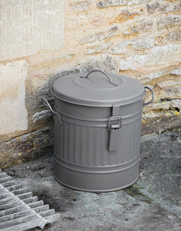 Grey_steel_outside_compost_bucket
