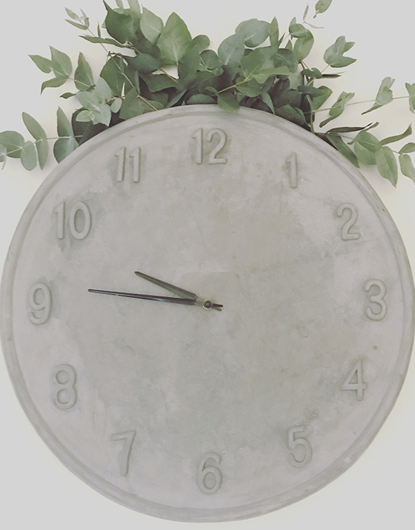 grey_cement_concrete_clock