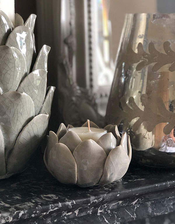 grey_artichoke_tealight_holder