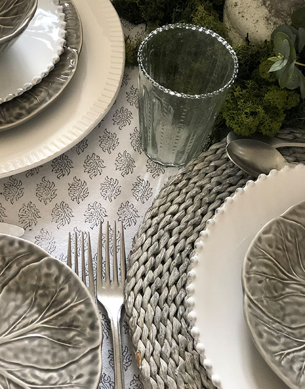 grey_wicker_rattan_tablemat_tableware_placemats