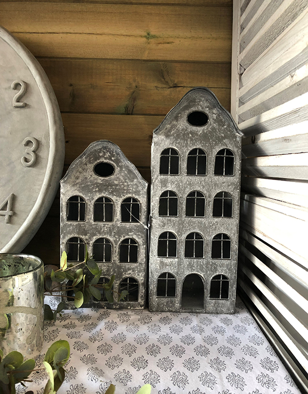 grey_metal_dutchhouses_gardenlights_candleholders